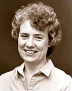 Headshot of Lynne Capehart