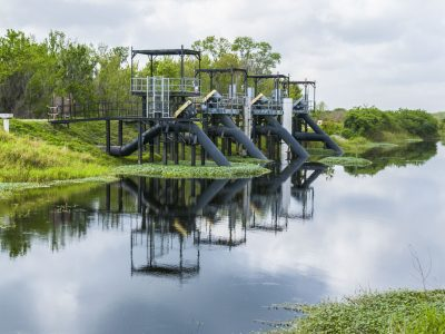 Pump station at Lake Apopka North Shore marsh flow-way