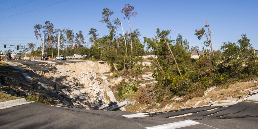 Large sinkhole in the middle of Howland Blvd. north of Deltona, FL
