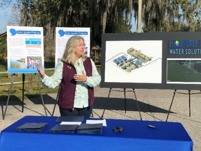 Dr. Ann Shortelle giving an overview of the newest project at Lake Apopka