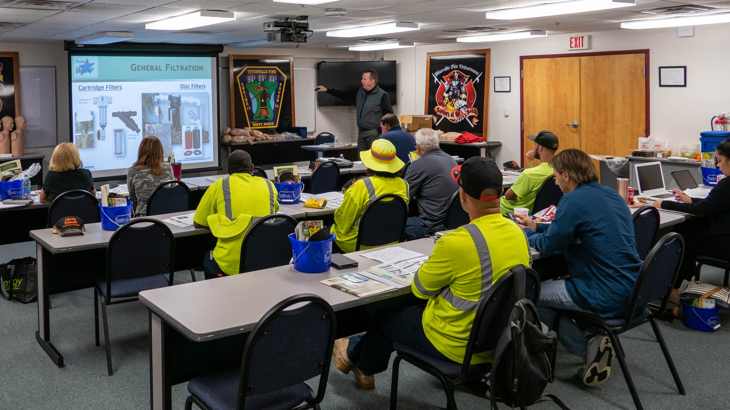 Irrigation and landscape professionals attend training in the Florida Water Star program